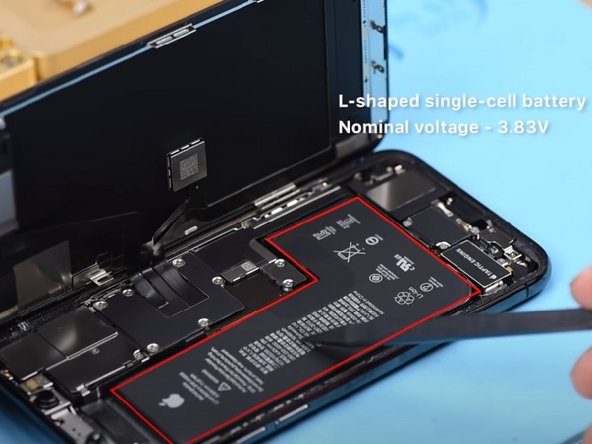 iPhone 11 Pro has a bigger battery capacity than iPhone X series. We can see clearly that the battery is a little thicker.