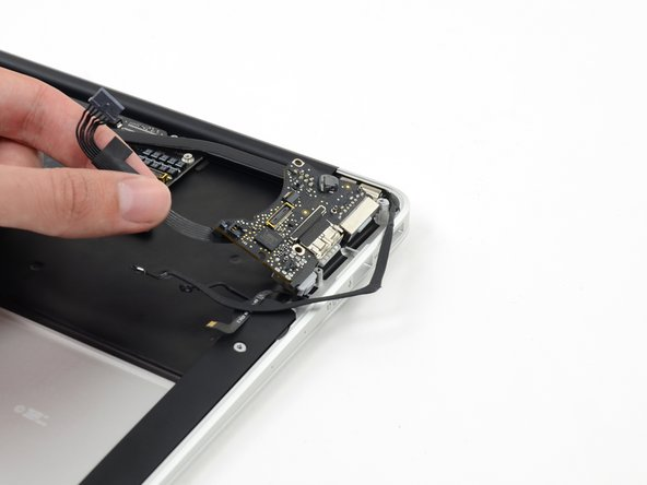 "MacBook Air 11"" Early 2014 I/O Board Replacement"