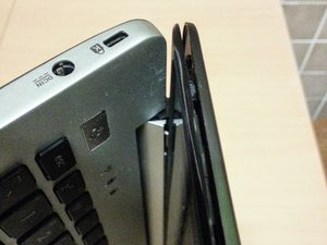 Repairing Asus VivoBook S551L Screen hinge