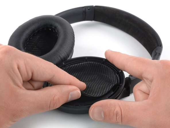 Carefully peel off the protective cloth which covers the inside of the earcup.
