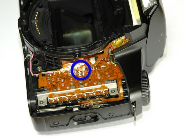 Lay the camera on its back.