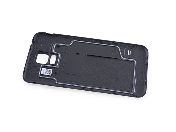 No need to hitchhike to the edge of this galaxy to find the back case; it's free and clear.