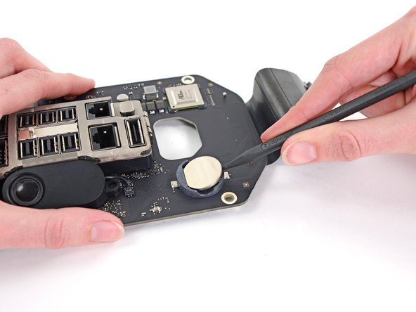 Mac Pro Late 2013 CMOS Battery Replacement
