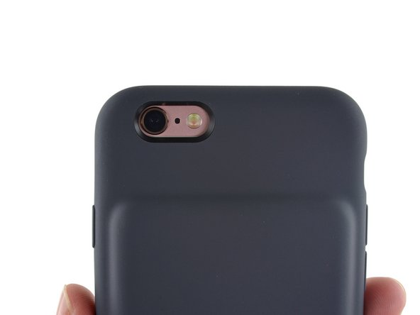 For you rose golders out there, you're going to suffer some reduced flashiness, as this case covers most of the shiny metal body.