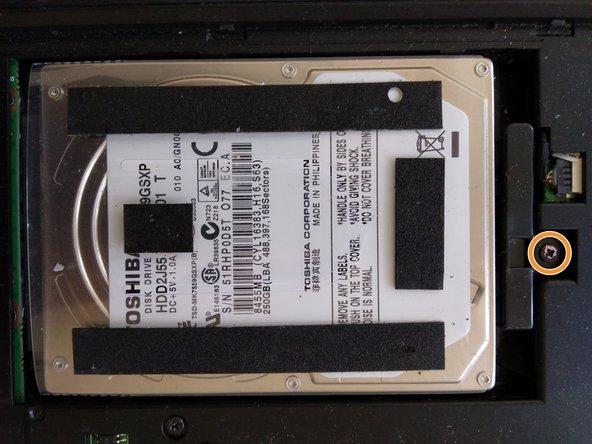 Reemplazo del disco duro del AXIOO Pico M1110 PJM
