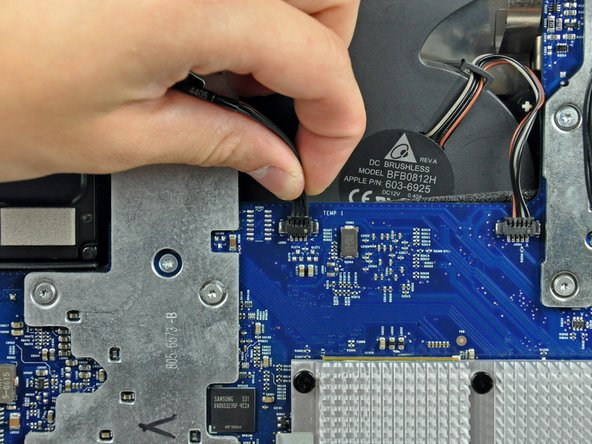 """iMac G5 20"""" Model A1145 Hard Drive Replacement"""