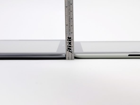 The Note 10.1, with a thickness of 8.9 mm, is actually thinner than the third generation iPad, and almost the same thickness as the iPad 2.