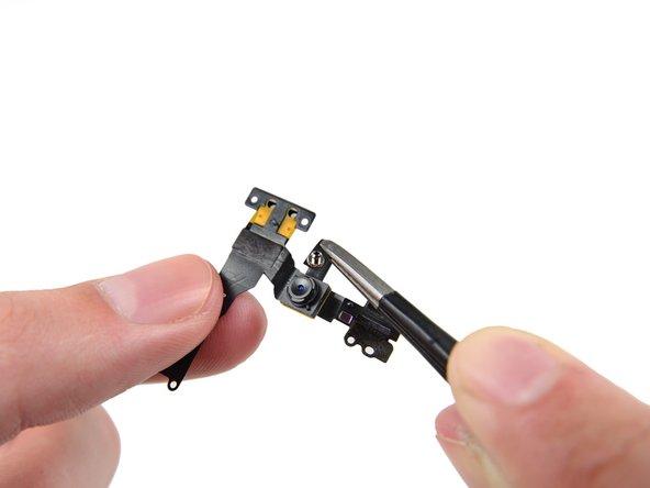 iPhone SE の正面カメラとセンサーケーブルの交換