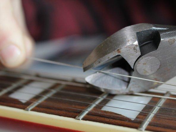 エピフォン レスポールギターの弦の交換
