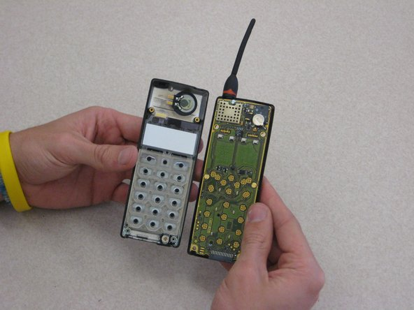 Disassembling Ericsson CF 388 Keypad Support Skeleton