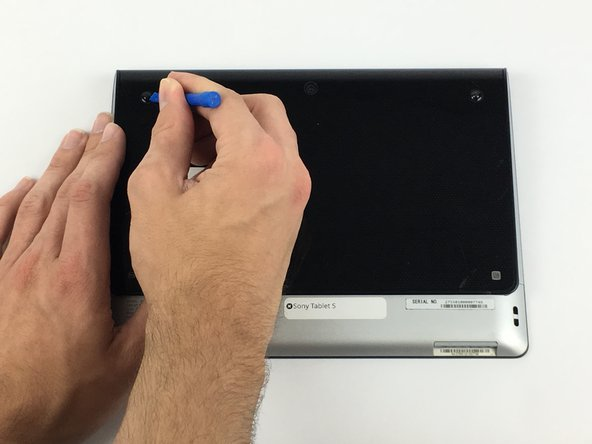 Ensure that the device is completely turned off before attempting a repair. The battery may still have charge; use caution touching the components.