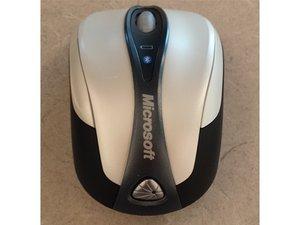 Microsoft Bluetooth Notebook Mouse 5000 Teardown