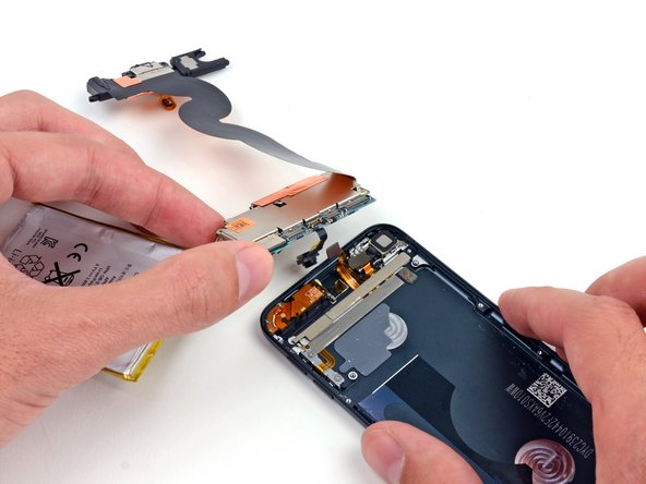 iPod Touch 5th Generation Logic Board Assembly Replacement