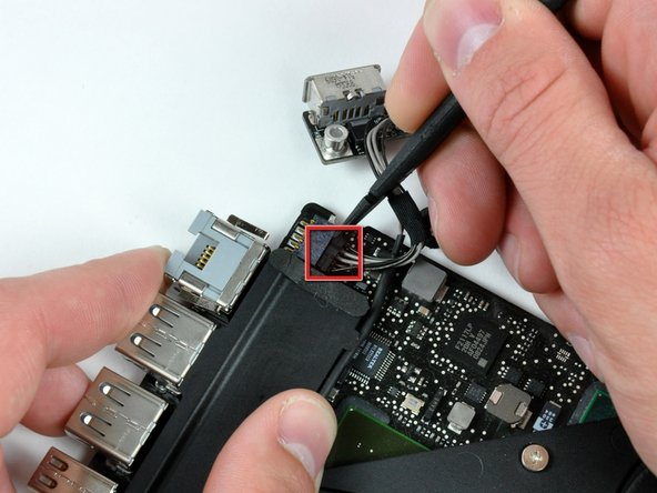 MacBook Unibody Model A1278 DC-In Board Replacement
