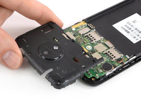 Sostituzione cover scheda madre Moto C