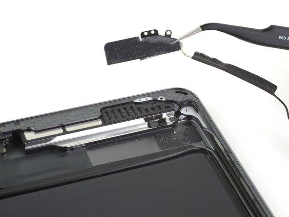 iPad 7 linke Bluetooth- und WiFi-Antenne tauschen