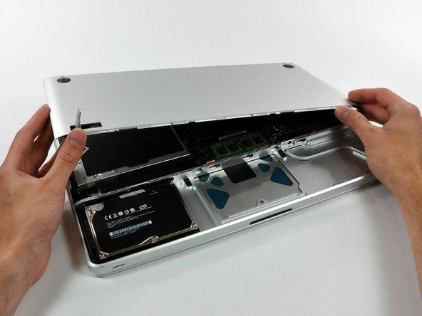 """Remplacement du boîtier inférieur des MacBook Pro 15"""" Unibody fin 2008 et début 2009"""