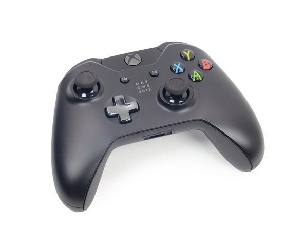 "The Day One Edition includes a commemorative controller, with appropriate inscription smack dab in the middle: ""Day One 2013."""