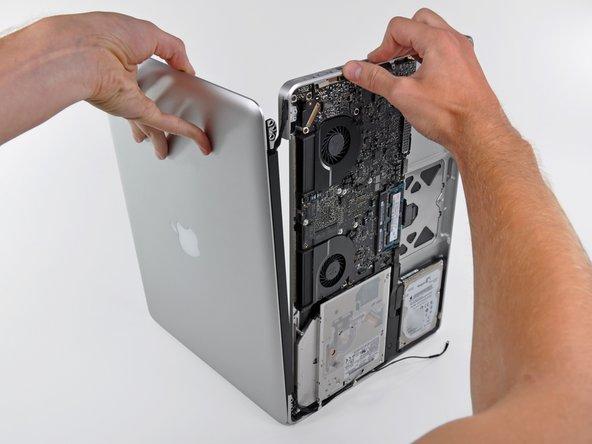 MacBook Pro (15 Zoll, Mitte 2010, Unibody) Display austauschen
