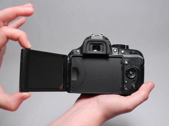 Nikon D5200 Screen Replacement