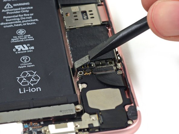 iPhone 6s Battery Connection