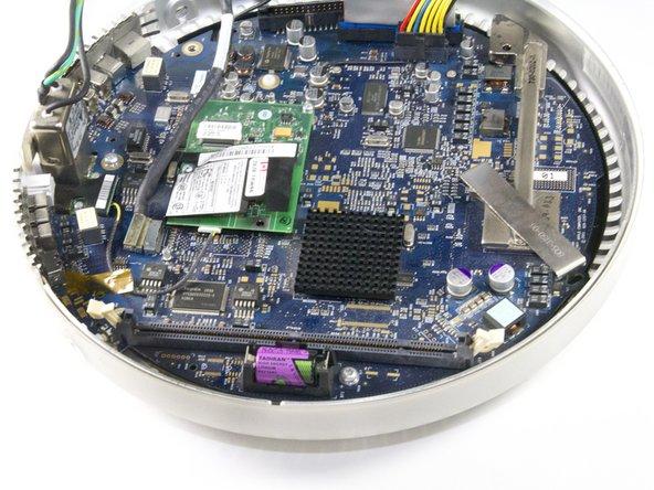 "iMac G4 15"" 700 MHz EMC 1873 PRAM Battery Replacement"