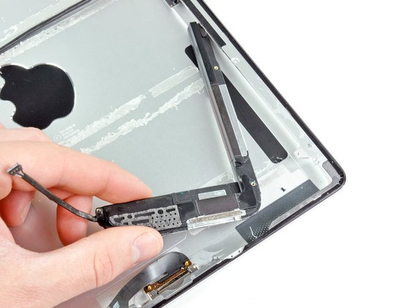 iPad 2 CDMA Speaker Assembly Replacement