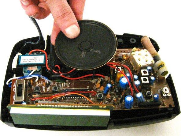Grip the speaker.