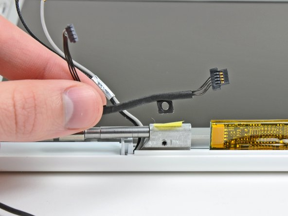MacBook Core Duo Inverter Cable Replacement