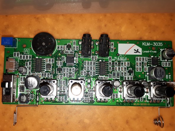 Here a really good image of the Monotron - Courtesy of Tim Stinchcombe