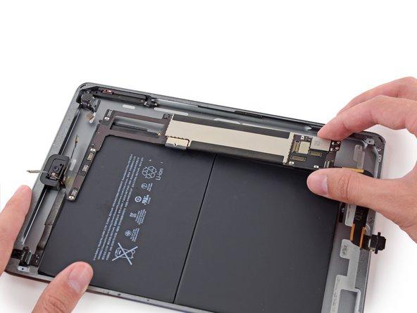 iPad 6 Wi-Fi Logic Board Replacement