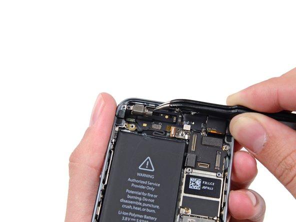 iPhone 5s 震动器更换