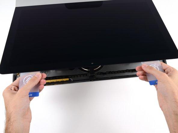 "iMac Intel 21.5"" Retina 4K Display 2019 Display Assembly Replacement"