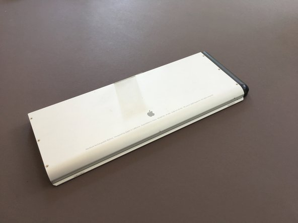 "The Unibody MacBook released in Late 2008 is one of the last Mac Notebooks to feature a ""user replaceable battery""."