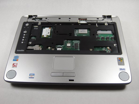Toshiba Satellite A75-S226 Upper Case Replacement