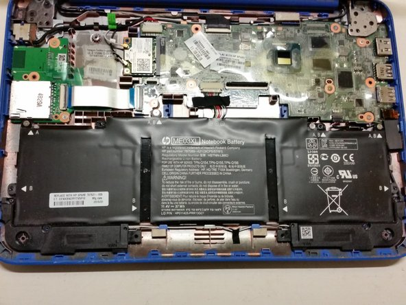 HP Stream 11-d008TU Battery Connector Unplugging
