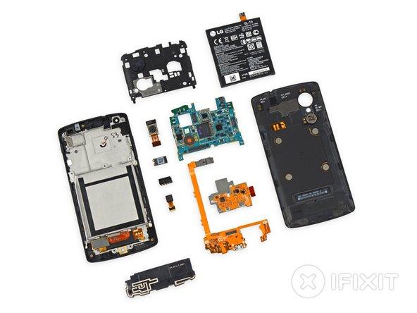 Nexus 5 Repairability Score: 8 out of 10 (10 is easiest to repair).