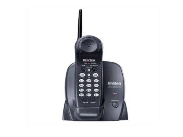 Uniden EXP371 900 MHz Cordless Phone.