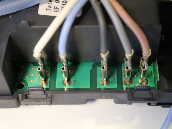 Power cables, from left to right: heat (white), neutral (blue), pump (dark grey), pump ground? (light grey), line (brown).