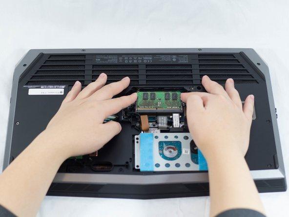 Alienware 17 R3 RAM Replacement