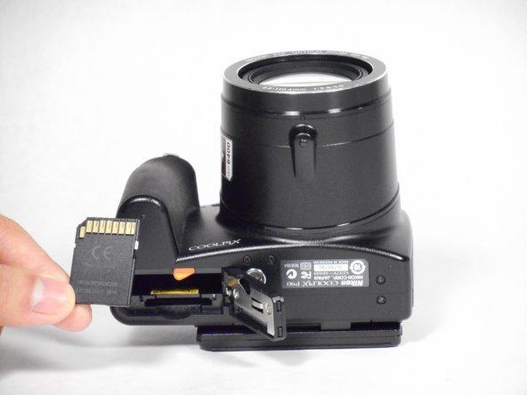 Nikon Coolpix P90 Memory Card Replacement