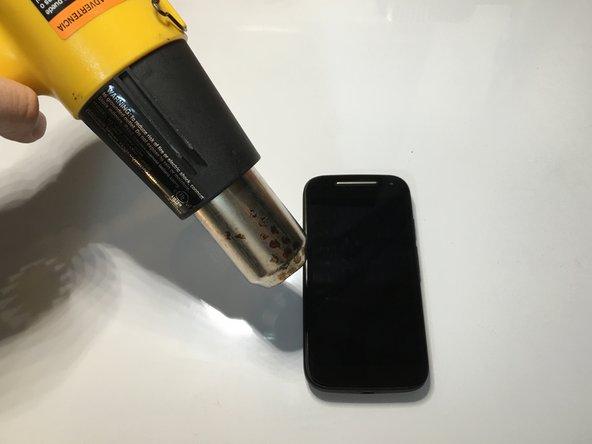 Eteignez votre appareil avant de débuter votre réparation.