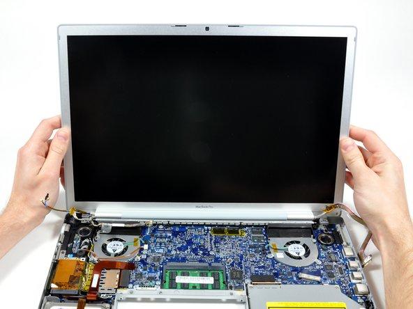 """Remplacement de l'écran complet des MacBook Pro 15"""" Core 2 Duo modèles A1226 et A1260"""