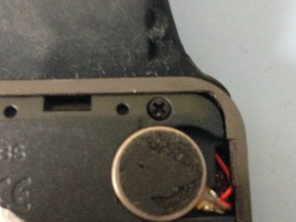 Next we need to remove the 4 screws in the corners, These can be removed with a 00 head