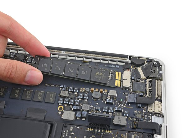 "MacBook Pro 13"" Retina Display Late 2013 SSD Replacement"