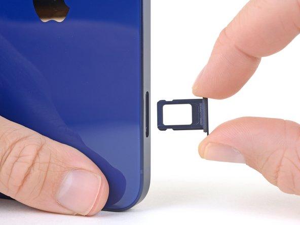 iPhone 12 SIM 卡更换