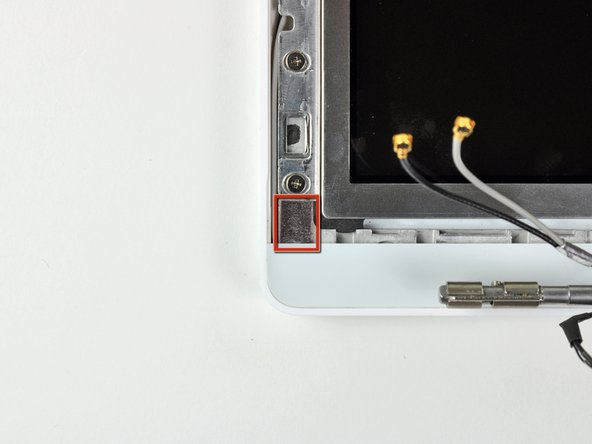 MacBook Core Duo LCD Assembly Replacement