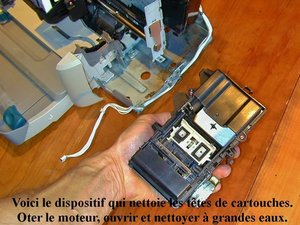 HP Deskjet 930c Disassembly to clean Waste Ink Reservoir