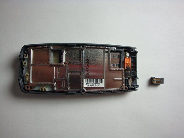 Remplacement du port de chargement du Nokia 2128i