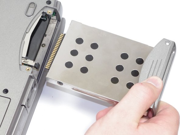 Removing the Dell Inspiron 1150 Hard Drive